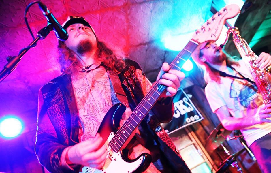 Captain Stingray's Groove Machine Performing at Albert's Shed Shrewsbury Live Music Bar & Venue